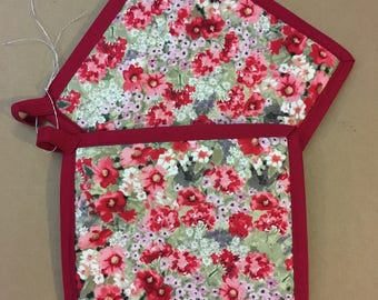 Red Floral Pot Holders