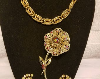 Sarah Coventry Gold tone trio Necklace earrings brooch