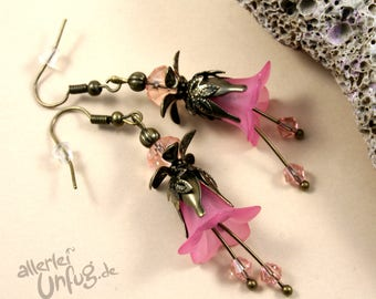 Earrings - pink flowers, Lucite flowers, vintage, elegant, filigree, glass beads, purple, bronze, unique, handmade