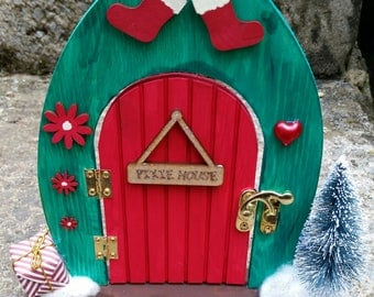Christmas Fairy door - Santa's little helper!