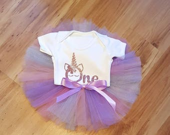 Girl's 1st birthday outfit / Pink glitter / Unicorn birthday outfit / Tulle tutu and bodysuit / Tulle skirt / Pink and purple tutu