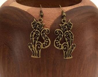 Earrings lace cats in bronze