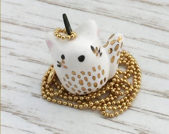 Ceramic Cat Necklace, white feline, pet, pendant, gold detail, perfect gift for a cat lover, cute, 20 inch gold bead chain