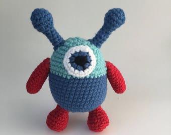 CROCHET ALIEN TOY Pattern, Crochet softee toy, Alien