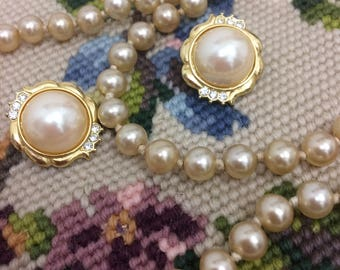 Vintage Faux Pearl Flapper Necklace with Vintage Pair of Faux Pearl Earrings Clip On