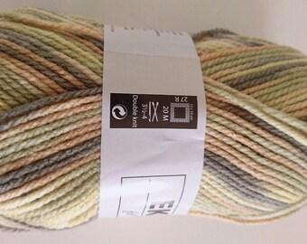 10 balls of yarn changing 313 / French brand