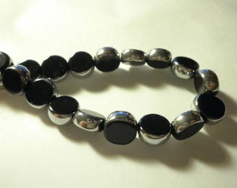 10 beautiful black and silver glass beads 5 x 5 mm