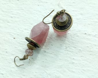 Les lanternes chinoises - boucles en quartz strawberry