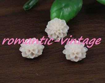 off white color 15mm resin flowers cabochons 10