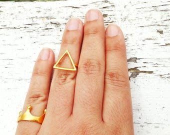 Triangle Stack Ring, Dainty Stacking Ring, Gold Triangle Ring, Geometric Stack Ring, Adjustable Midi Ring, Boho Chic Band Ring, Tiny Ring
