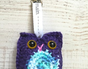 OWL purple/blue multi with lobster clasp