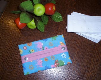 CASE HAS FROGS ON TURQUOISE BACKGROUND PRINTED TISSUES