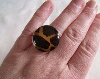 Dark Brown and golden brown cabochon ring