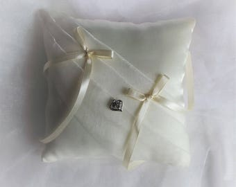 Chic and simple wedding ring bearer pillow all ivory