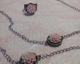 Set in metal Necklace / Bracelet / ring - pink flowers