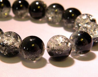 10 beads 12mm translucent crackled glass - black and white PE262 8