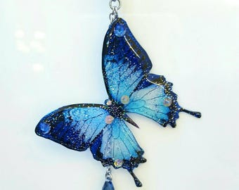Resin glitter necklace pendant blue butterfly