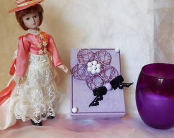 Metal flower box and bow lace...