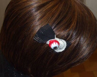 """Hair clip, Barrette, bug eyes """"bow look"""", Lolita, Girly, Gothic, lace, Fimo, polymer, black"""
