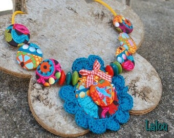 Crocheted all buttoned collar color MOZAIC
