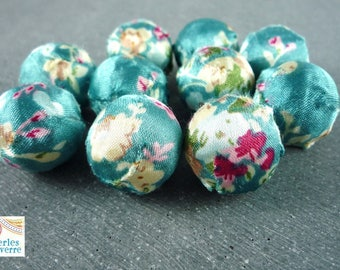 5 large beads in dark turquoise floral fabric, 20mm (pt21)