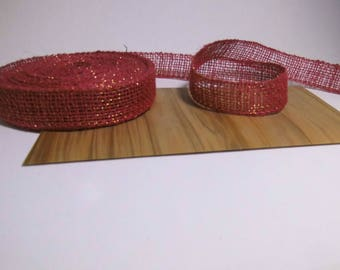 RED BURLAP RIBBON AND GOLD 25MM