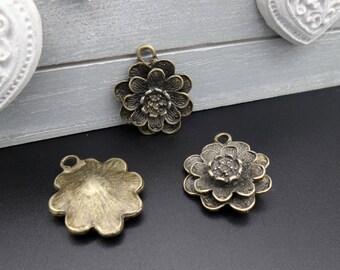 bronze metal 3 flower pendants 29 x 22 mm
