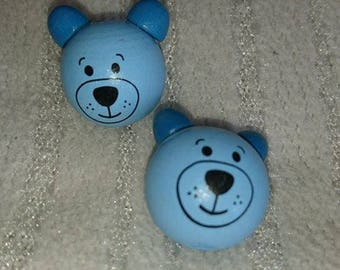 x 2 pearls 3D shaped blue bear head