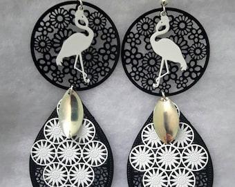 Earring original Flamingo black and white