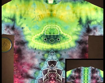 Ice Dye Ufo abduction & Spine T-Shirt, Tie Dye Adult Large