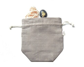 Sepia pouch ready to embroider in lin 12 threads