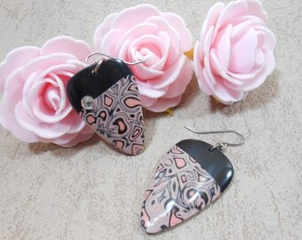 Earrings pink and black triangle, Flower Earrings, dangle earrings, geometric earrings