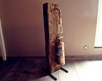 Design lamp for industrial / loft deco spirit upcycled Muratori sprayer in copper and oak wood