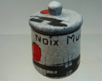 Spice jar ceramic designer Elaine 60 Vallauris Francois, beautiful red black gray enamel, nutmeg