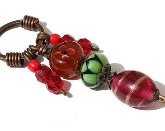 "Keyring with lampwork beads and faceted in shades of Red: ""Framboisie"""