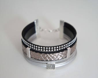 Faux leather - snake with Rhinestones 2 Cuff Bracelet