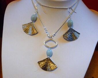 """Set earrings and necklace """"Fan"""""""