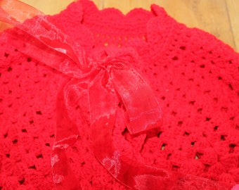 CROCHET RED CAPE