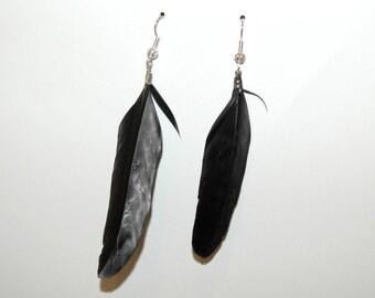 Squaw black earrings