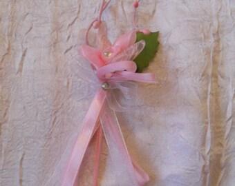 Men of wedding pink lapel pin