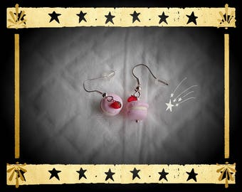 Pink macaroon and his tiny little Strawberry mounted on silver plated earrings