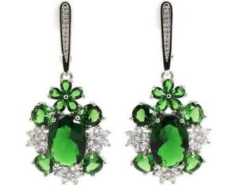 Boucles d'oreilles émeraude  verte, boucles pendantes haute couture, monture argent 925