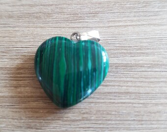 Beautiful pendant heart semi precious stone