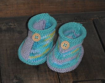 Knitted slippers handmade with cotton yarn / size 3-6 months