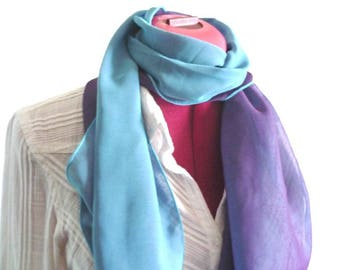 Blue scarf, purple scarf - reversible !