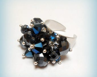 "Ring charm ""Bluish black"" Crystal beads"