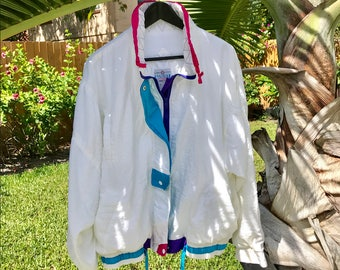 Late 80s Vintage Zip and Toggle Front/Closure  Windbreaker