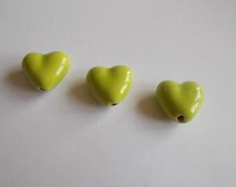 1 set of 3 ceramic beads heart shape 22 x 22 mm.