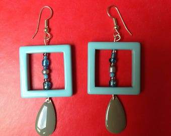 Earrings square print blue and seed beads