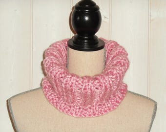 Pink Turtleneck, pink Snood, knitted wool handmade